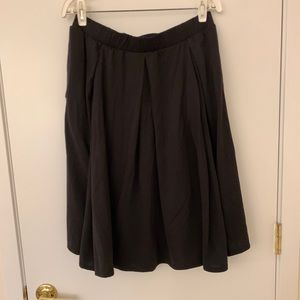 LuLaRoe Solid Black Madison with pockets!!